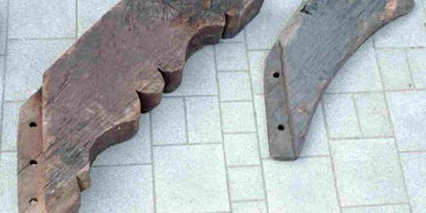 Eichenbalken - antikes Baumaterial Klaus Stommel