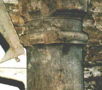 Säule- antikes Baumaterial Klaus Stommel